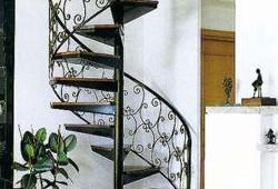 Лестничный НЕ пролёт или как обустроить лестницу в доме?