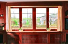 Окна из дерева – дань традиции и выбор современности