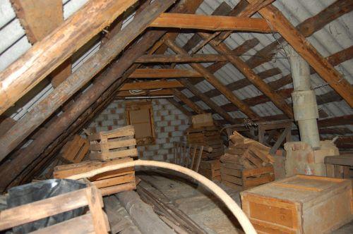 Покупка частного дома старой постройки
