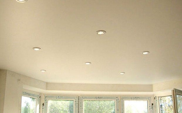 Освещение натяжных потолков. Светильники для натяжного потолка