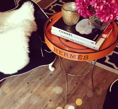 Сервировочный столик как функциональный элемент интерьера