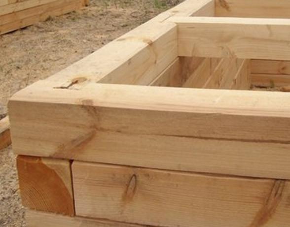 Как построить баню из бруса?