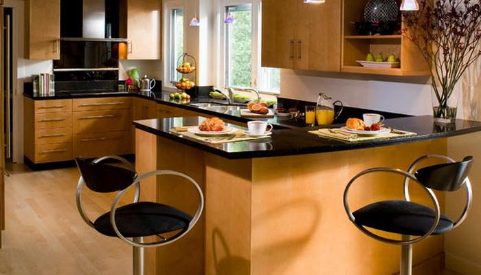 Выбираем барные стулья для кухни