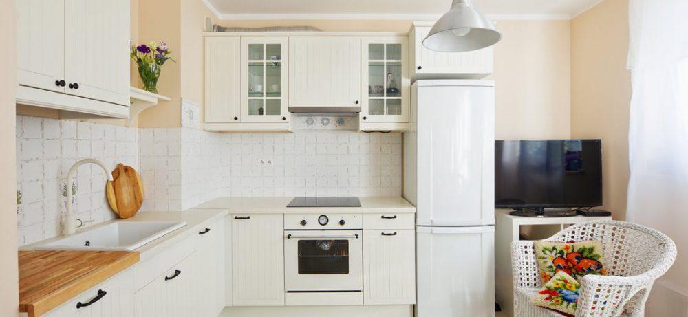 Угловая кухня: дизайн от А до Я