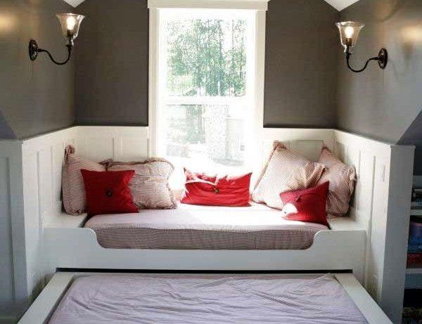 Кровать-подиум: нестандартные решения для комфортного сна