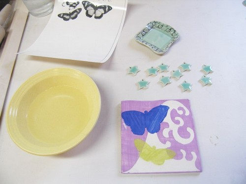 Деколь – техника перенесения изображения на предметы и ее применение в интерьере