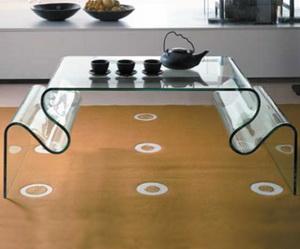 Мебель из стекла: уникальность, изящество, прочность