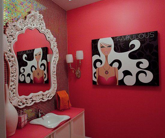 Ванная комната в красных тонах