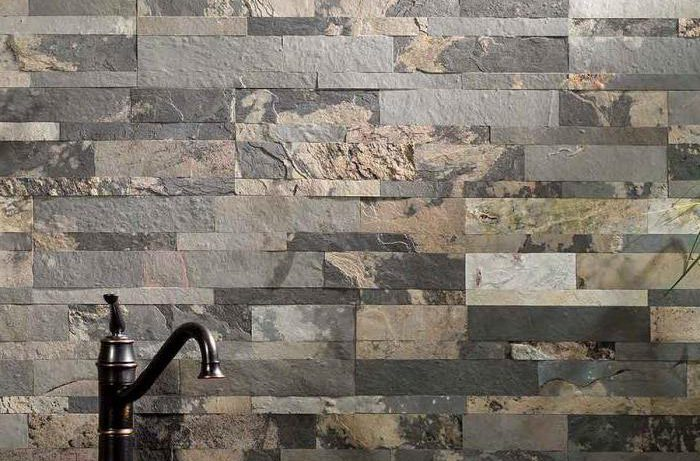 Настенная плитка под камень: особенности и разновидности
