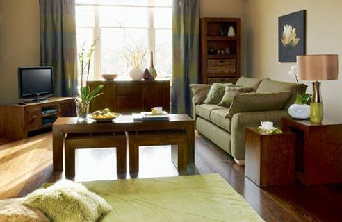 Как украсить комнату своими руками без особых затрат?