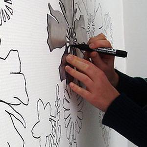 Создание объемного рисунка с помощью трафарета