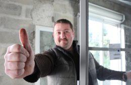 Как выбрать продавца металлопластиковых окон? Рекомендации юриста