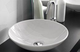 Как повесить занавеску в ванной