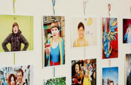 Тренд: печатные фото в интерьере