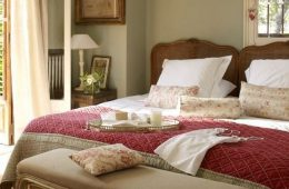 Отделка и интерьер спальни в классическом стиле