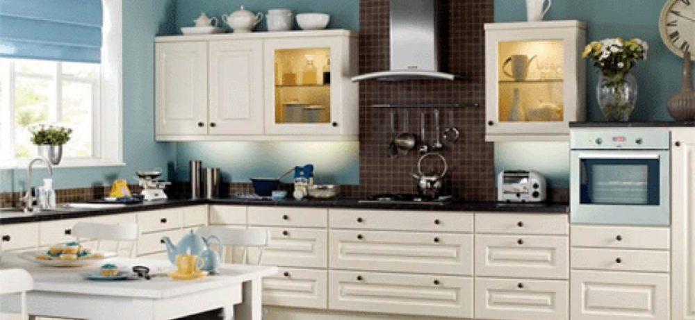 Кухонная мебель белого цвета: интересное интерьерное решение