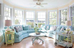 Пляжный стиль для вашей гостиной: интерьер цвета морской волны