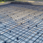 Как установить каркас из арматуры перед заливанием бетона