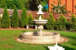 Преимущества фонтанов из камня