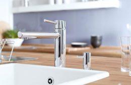 Смесители для кухни с краном для питьевой воды: новое поколение сантехнических изделий