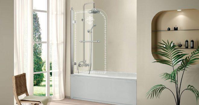 Стеклянные шторы для ванной — какой тип шторок самый лучший?