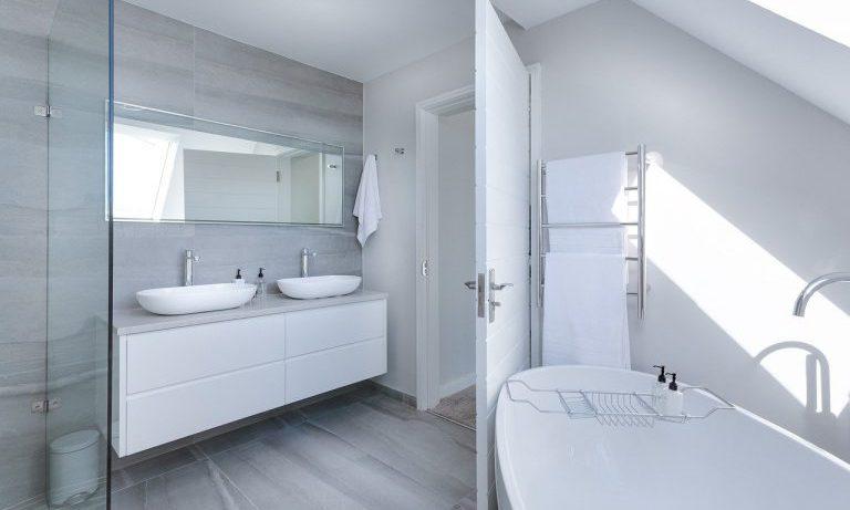 Выбираем межкомнатные двери в ванную