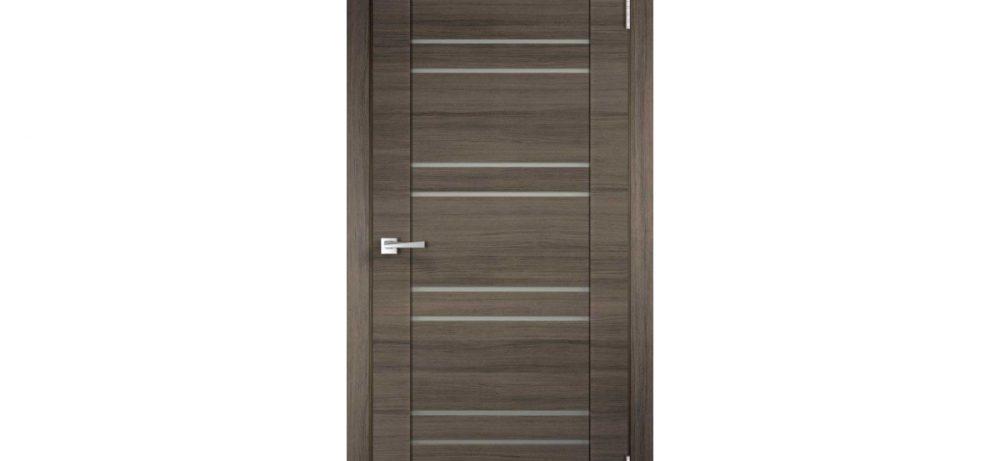 Какая дверь лучше ламинированная или шпонированная?
