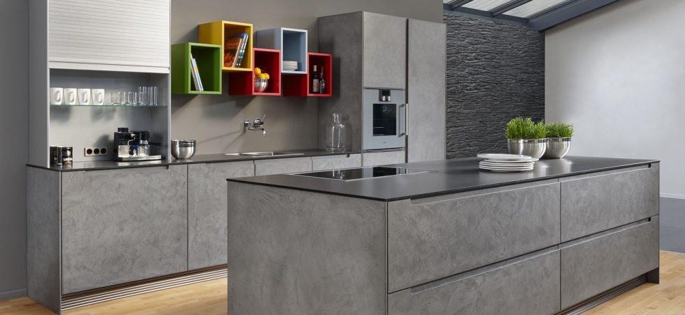 Кухня под бетон — монументальный стиль пространства